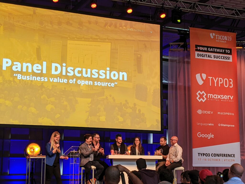 Panel discussion on the TYPO3Con main stage.